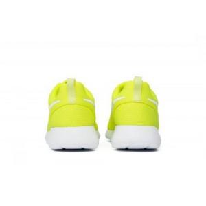 Nike Wmns Roshe One Volt
