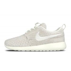 Nike Wmns Roshe One Flyknit Sail