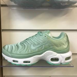 Nike Tn (mint)